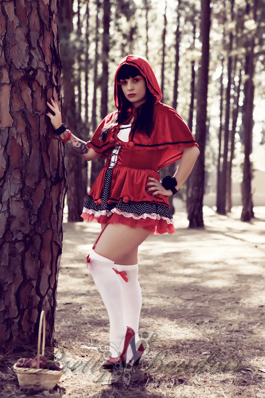 boudoir photographer, red riding hood, pretty boudoir, alternative boudoir, alternative model, boudoir, glamour